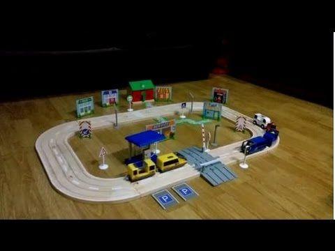 Autopista de madera de playtive junior de lidl unboxing for Catalogo lidl leon