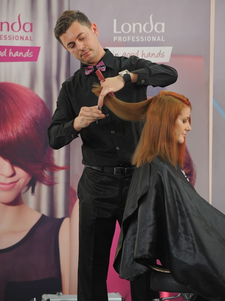 Training for hairstylists by Londa Professional Romania: Creating HOT NEW hairstyles & looks! #londahappymoments #hair #hairstylist #event #haircut