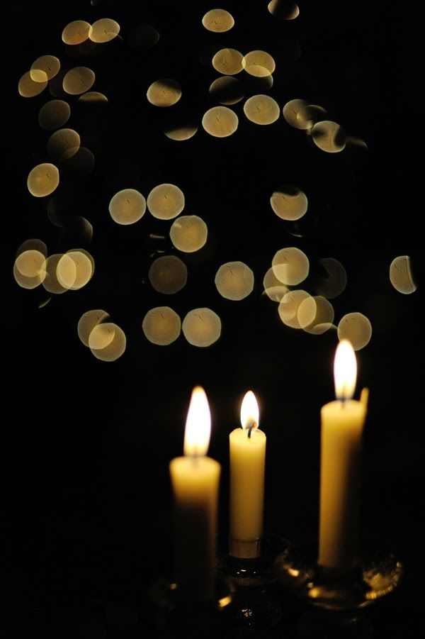 GIVE US LIGHT O LIGHT OF LIGHTS -  an ARTI chant for Yuletide.