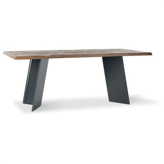 Tavolo fisso con piano in legno e gambe convesse metalliche