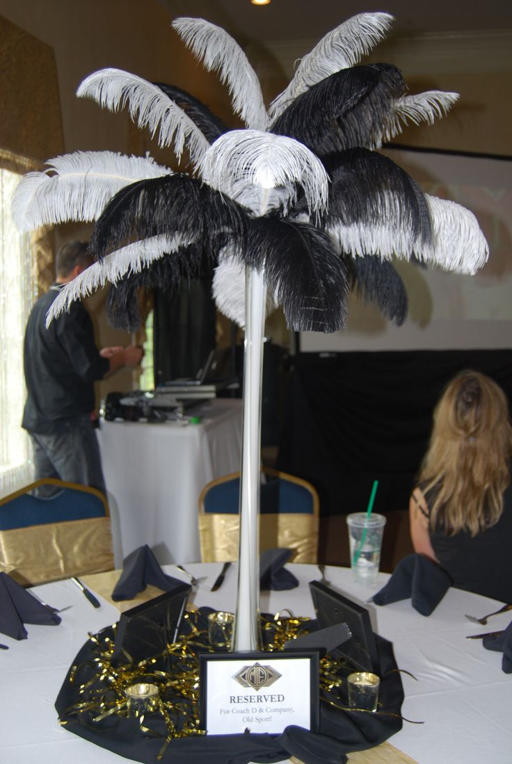 Great Gatsby Themed Table Centerpiece - By The Party Girl EventsCenterpieces Ideas, Feathers Centerpieces, Gatsby Centerpieces, Black And White, Gatsby Parties, Blackwhite Gatsby, Google Search, Tables Centerpieces, Gatsby Feathers