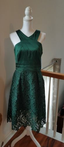 Kay Unger Emerald Green Satin and Lace Dress NWT Size 12
