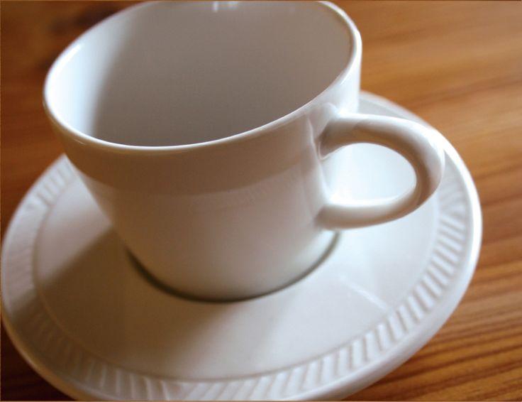 Figgio フィッギオ   Frost Border   モカc/s 0,18ℓ ソーサー 14,5cm クラシックな白いコーヒーカップ MONOGOCOTI
