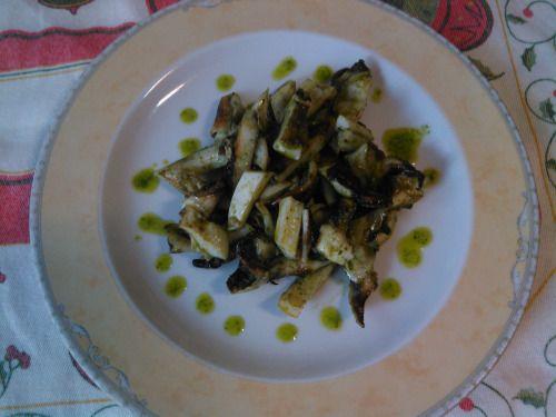 Salada de chocos grelhados com tinta e molho verde(coentros). Grilled Cuttlefish…