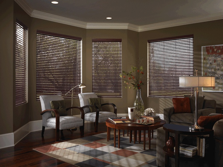"2"" Fauxwood Woodstock blind is the perfect choice for the discerning consumer when value and the popular look are a must.  Durability and easy maintenance make Woodstock the ideal blind for the demands of everyday life. Color:  White Texture Outback collection: Color Walnut"