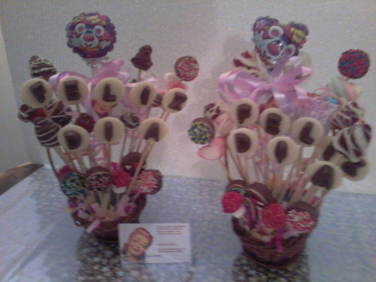 ancheta de regalo mensaje de chocolate y fresas achocolatadas. globo con mensaje. #anchetas