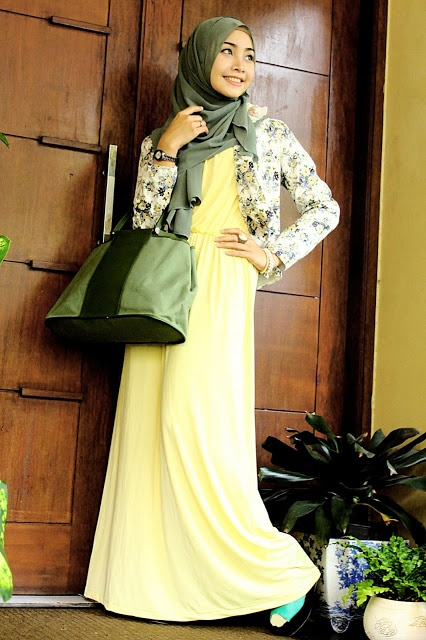 Army Green and Light Yellow  |  Dewi Neelam by Irna  |  Inspiration for hijab, hijab style, hijab fashion, hijab outfit
