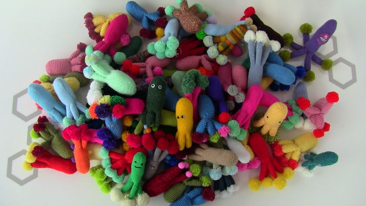 A mound of penicillium #microbes knitted to support Glasgow's hand hygiene project   http://www.glasgowcityofscience.com/get-involved/knitting-microbes