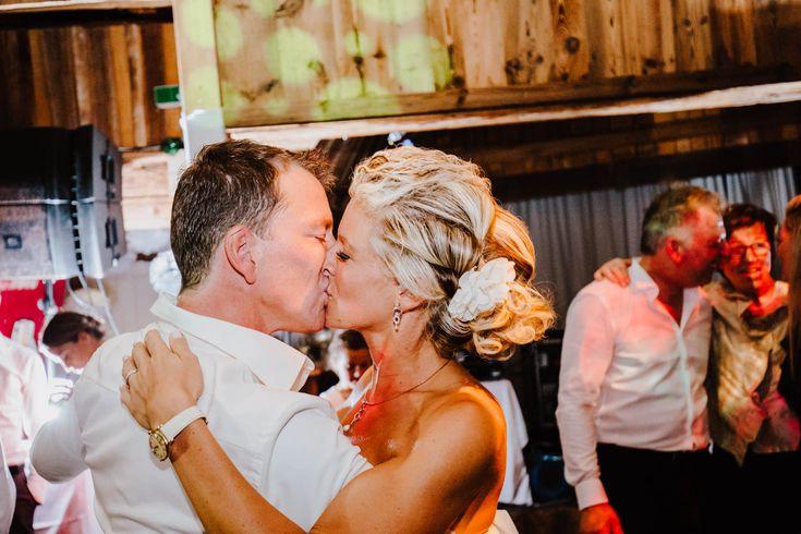 Brauttanz bei Hochzeitsfeier in Kitzbühel vom Hochzeitsfotograf aus München fotografiert