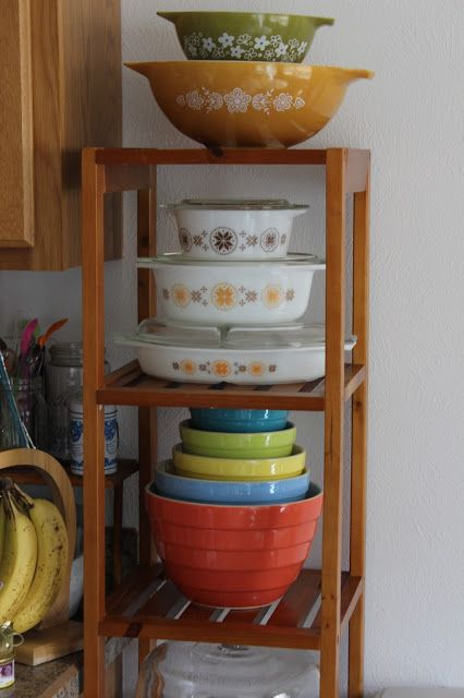 Pyrex Collective III: New Year, New Pyrex Displays