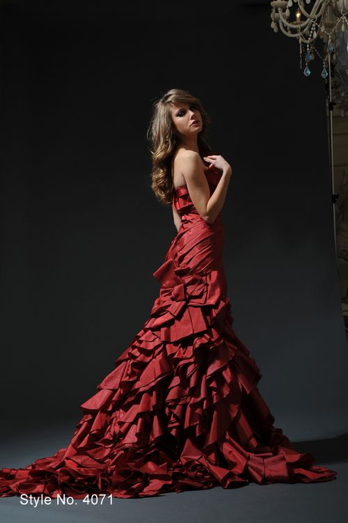 Perfect Pnina Tornai Red Wedding Gown