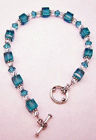 I Had One Like This And Boo Broke It Must Get Also Teal Bracelet Beaded Jewerly Pinterest Beads Jewelry Bracelets