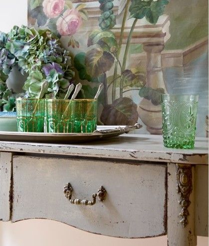a french family home - pretty in pink - Sharon Santoni