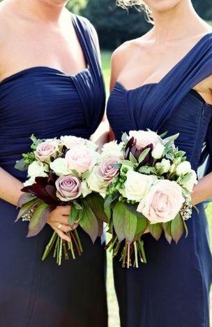Wedding Flowers With Dark Blue Dresses 39