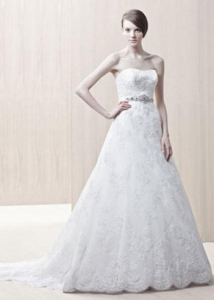 Enzoani lace wedding dress Gertrude
