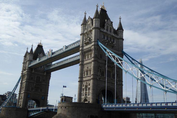 Londen is een stad van vele gezichten. Het statige Westminster, het alternatieve Shoreditch, de levendige city, het gekke Camden,… En dan heb ik het nog niet over de vele prachtige parken of …