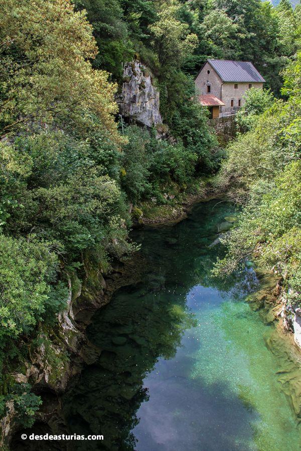 Cabrales Turismo #Asturias. Fotos Picos de Europa https://www.desdeasturias.com/arenas-de-cabrales/