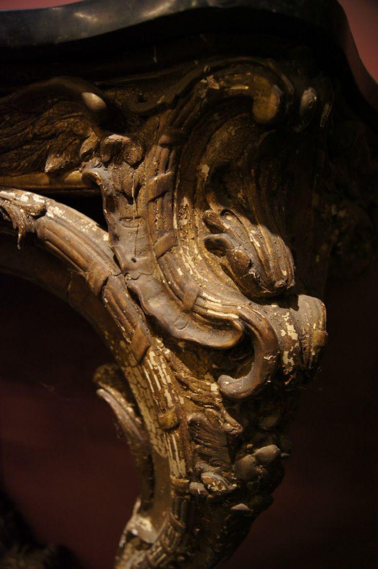 Консоль  Год: 18 век, Италия  Размеры: 142см х 42см x 91см  #консоль #антиквариат http://antikvariat-vintage.ru