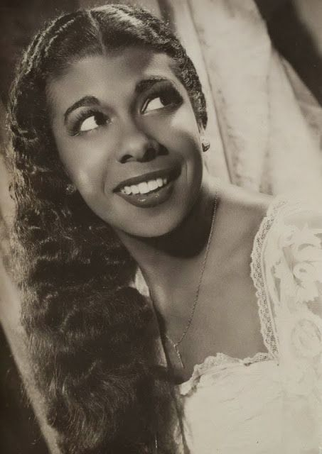 Rita Lucía Montero (1928 - 2013) Afro-Argentine actress and singer.