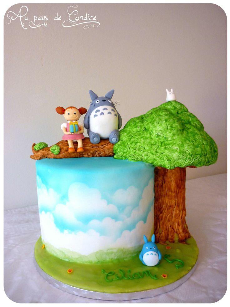 Gâteau Totoro (décor en pâte à sucre)