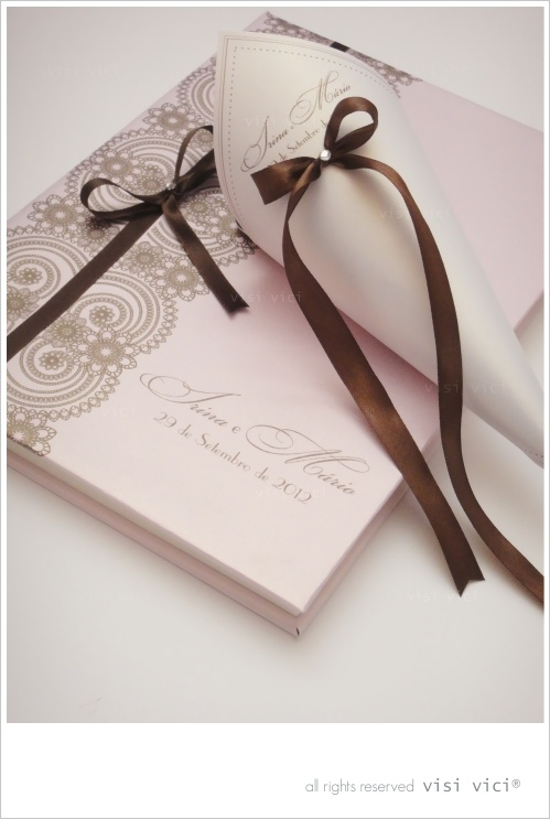 Wedding book | pink | chocolate
