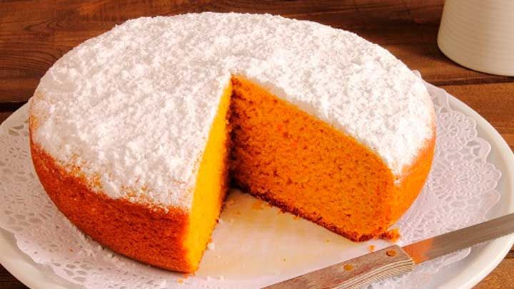 También conocido como el pastel de zanahoria este rico pastel es abundante de betacaróteno, que ayuda a prevenir la aparición de ciertos cánceres y células cancerígenas.