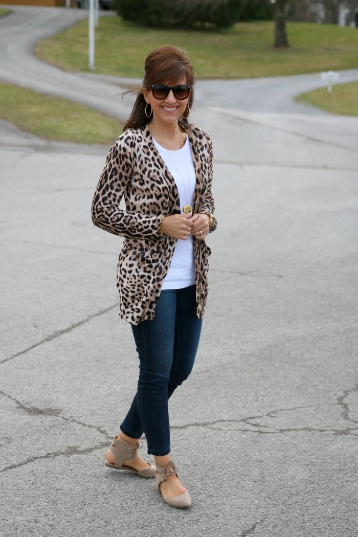 Spring Trend- Lace Up Flats For Women Over 40 | Stylish ...