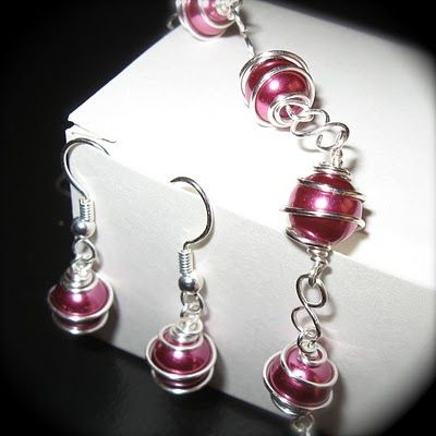 wire wrapped bead jewelry