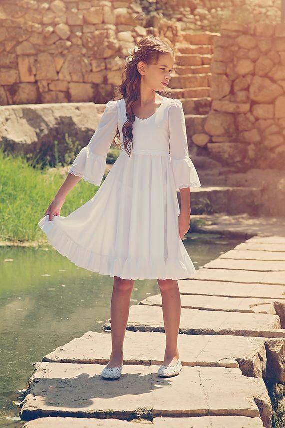 Erste Kommunion Kleid, Mädchen und Kleinkinder Hochzeitskleid, weiße Blumenmädchenkleid, Boho-Hochzeit – Linda Stadler