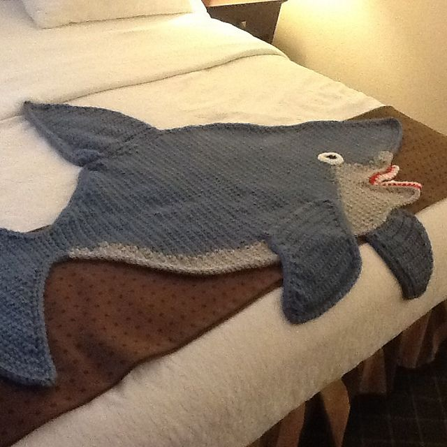 Knitting Pattern For A Shark Blanket : Ravelry: Shark afghan pattern by Michele Maks Crochet Afghans 2 Pinterest...