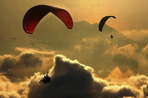 Who wants to go?     © Yavuz Sariyildiz: Photography Fav, Buckets Lists, Yavuz Sariyildiz, Mine Favorite Places, Flying Flying, Fav Pics, Parachute, Sky Adventure, Life Adventure