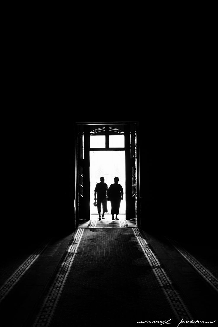 Into darkness by Raoul Poenar on 500px
