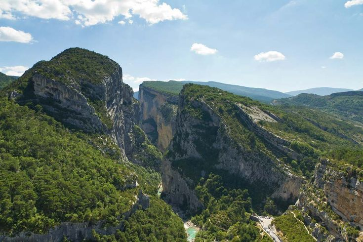 Couloir Samson from Point Sublime in the Gorges du Verdon