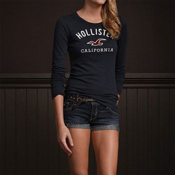 Hollister cute outfit :) except u kind of need to be skinny for this shirt so if u r skinny go for it!