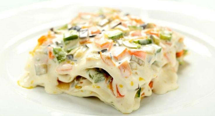 Perfect for #AshWednesday - Slow Cooker Veggie Lasagna #CrockPot #recipe @getcrocked.com