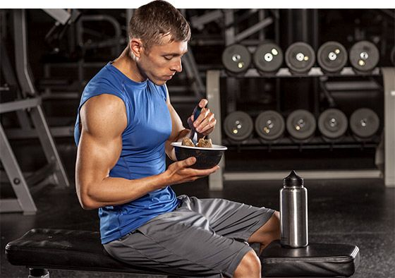 Just because it's bulking season doesn't mean your body-fat percentage has to increase dramatically. If you want to stay relatively lean, keep these 4 factors in mind!