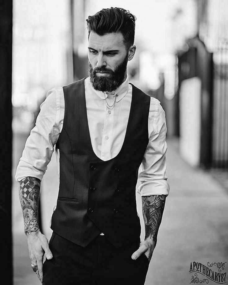 best 25 bearded men ideas on pinterest beards hot bearded men and beard man. Black Bedroom Furniture Sets. Home Design Ideas