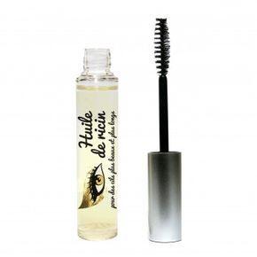 Il existe enfin, voici le mascara 100% huile de ricin cils dont les bloggeuses parlent. Il devient maintenant plus facile d'avoir de longs cils.