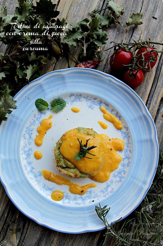 TORTINO DI ASPARAGI CON CREMA DI ZUCCA ALLA CURCUMA http://blog.cookaround.com/gustosapassione/2015/12/tortino-asparagi-crema-zucca-alla-curcuma.html