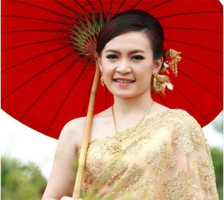 Thai women are very beautiful, sexy & very attractive. This is all due to their loyal beauty secrets. This article reveals Thai beauties beauty secrets for you to know.