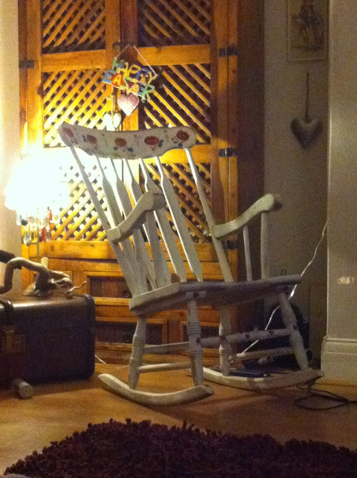 Up cycled free rocking chair, love it when they free and they end up looking so good. Another for keeps