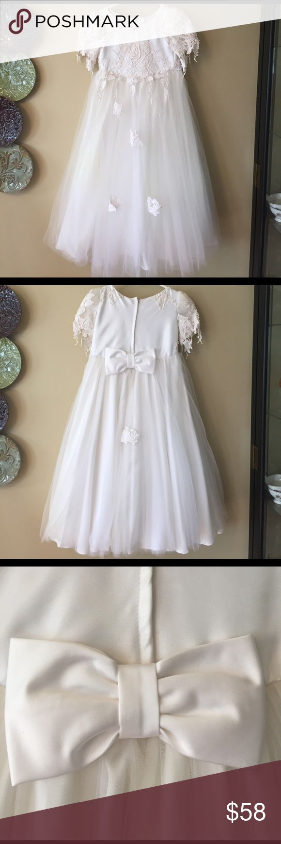 """Custom Made Flower Girl 🌸 Dress Perfect 🌸 Flower Girl  or Communion Dress. This dress is stunning in person . No size (per size charts could be a 14-16?) please use measurements as guide. Measurements appropriately. This dress appears custom made. Armpit to armpit 18"""" Sleeves 7"""" 14"""" Waist 39"""" Long . Please ask all questions prior to buying Dresses Formal"""