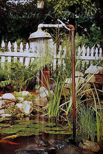 As seen in Dream Cottage Gardens (premier issue).  Want.One.over.my.little.pond.so.bad!