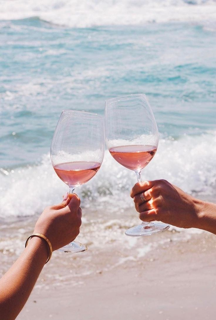 Time for the beach & rosé.