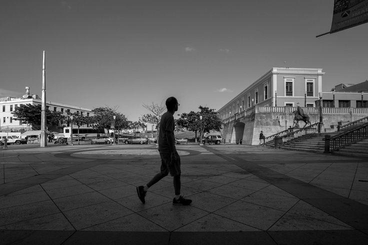 Plaza Quinto Centenario by Horacio Velazquez