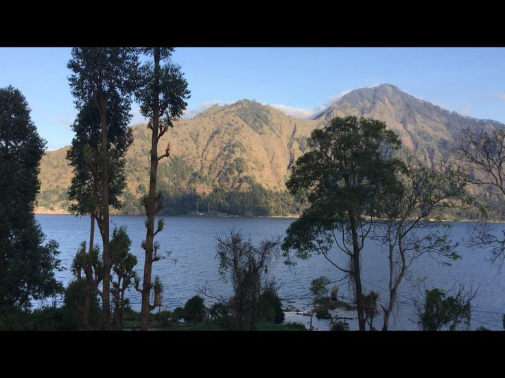 Caldera Camping, Bicycling and Lake Tour