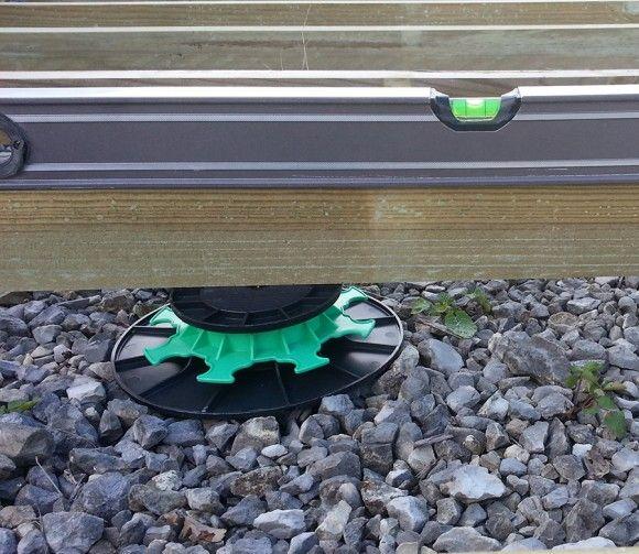 Option plots de réglage 40/65 mm ( en pack de 60) pour plancher-terrasse Green Outside