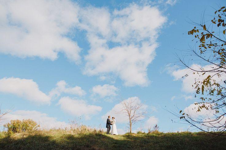David + Brenna || 11.03.17 © Wee Three Sparrows Photography http://weethreesparrows.com/ #weethreesparrowsphotography #weethreesparrowsweddings #torontoweddingphotographer