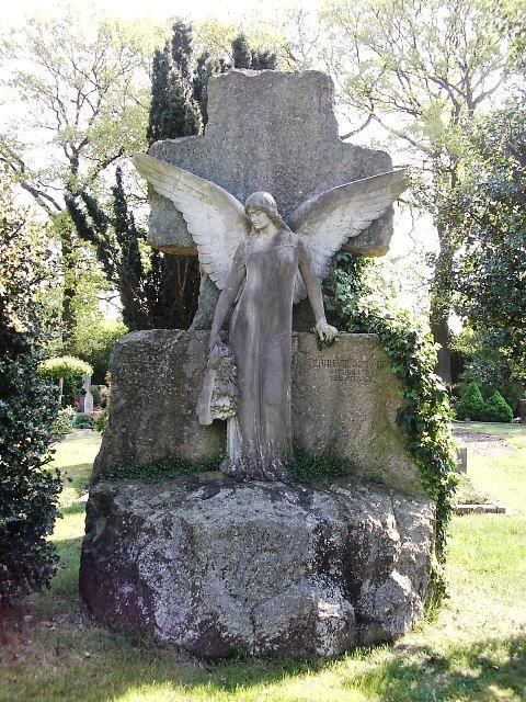 Bremen - Friedhof der Ev. Kirchengemeinde Vegesack - Foto: Rolf Kobbe