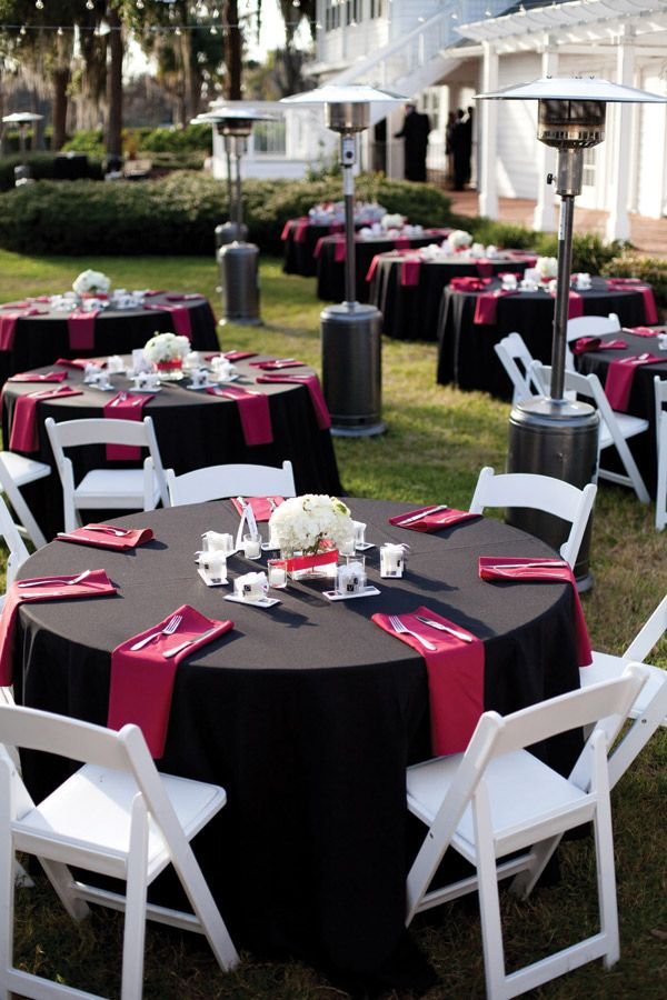 Pink & Black #wedding reception ... Wedding ideas for brides, grooms, parents & planners ... https://itunes.apple.com/us/app/the-gold-wedding-planner/id498112599?ls=1=8 … plus how to organise an entire wedding, without overspending ♥ The Gold Wedding Planner iPhone App ♥